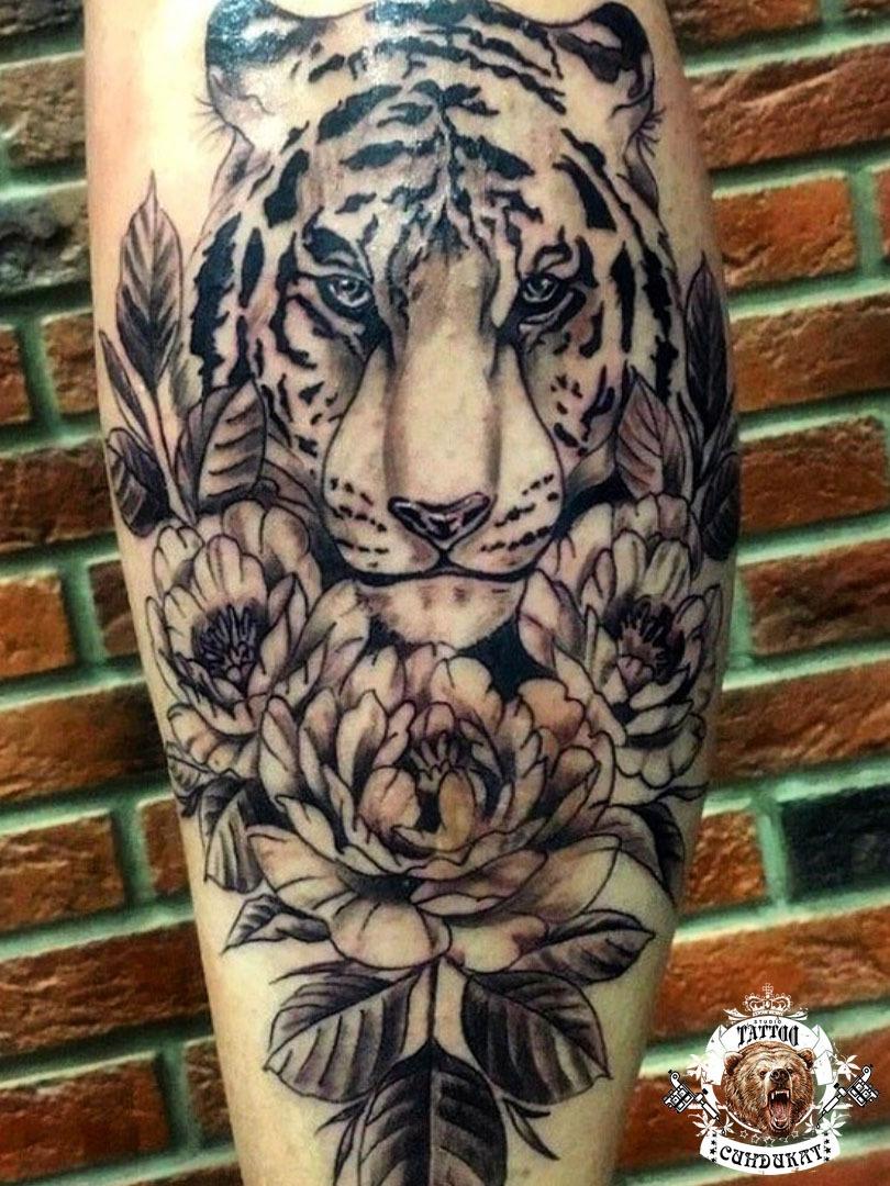 сделать тату на руке тигр фото в Красноярске
